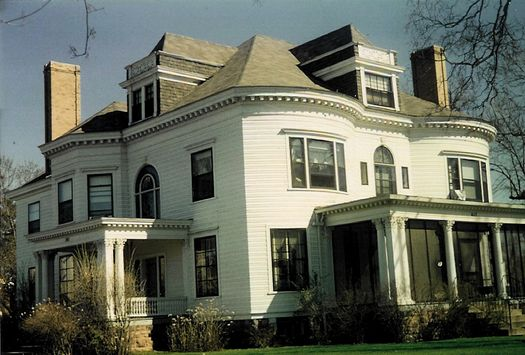Ingram Residence, Eau Claire, WI